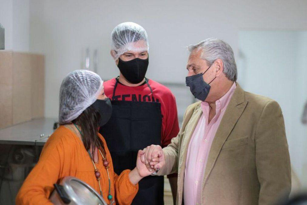 El presidente Alberto Fernández visitó un local de mermeladas enHurlingham.