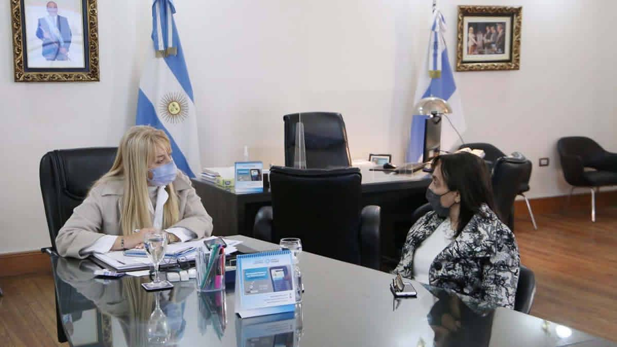 La Dra Rossana Chahla se reunió con la Secretaria de Estado de la Mujer