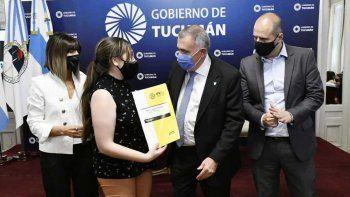 Entregaron créditos Procrear a 87 familias tucumanas