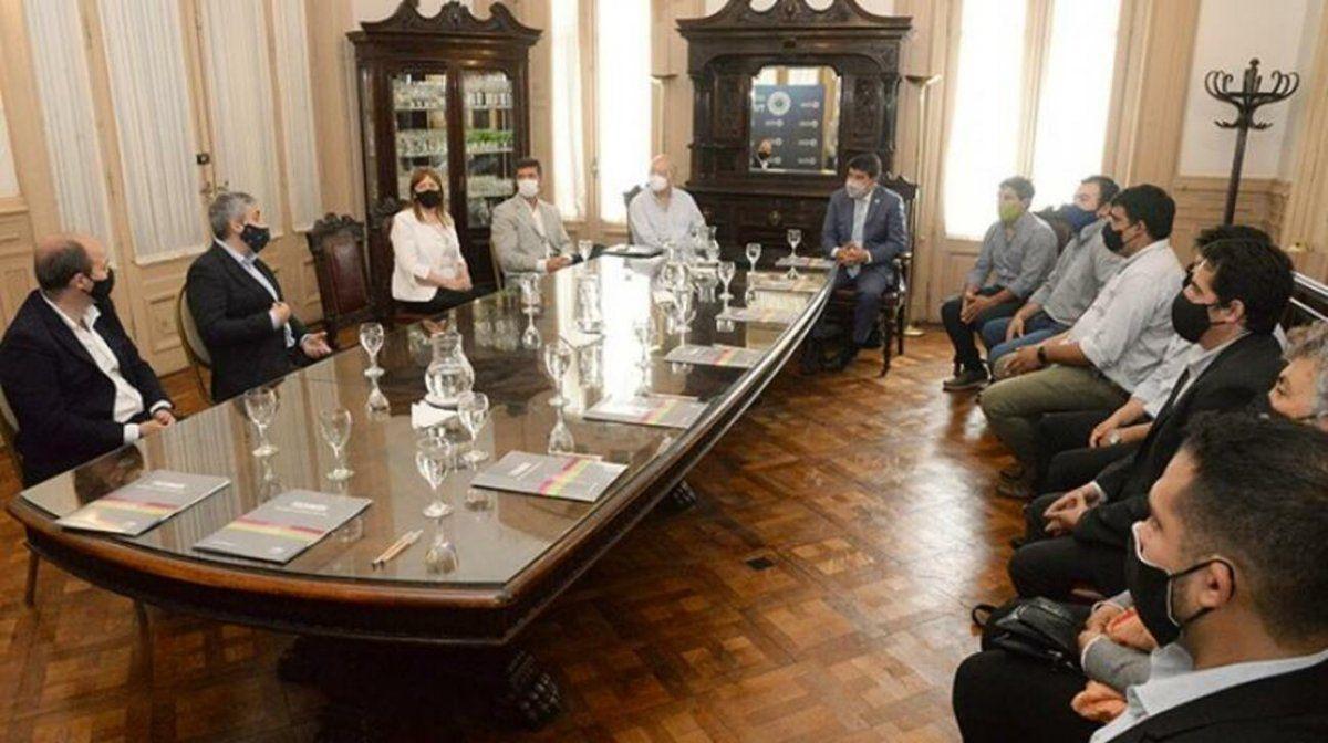 Planifican la prestación del servicio eléctrico en villas turísticas