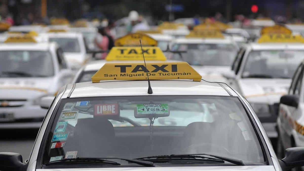 Taxistas consideran insuficiente el aumento del 30%