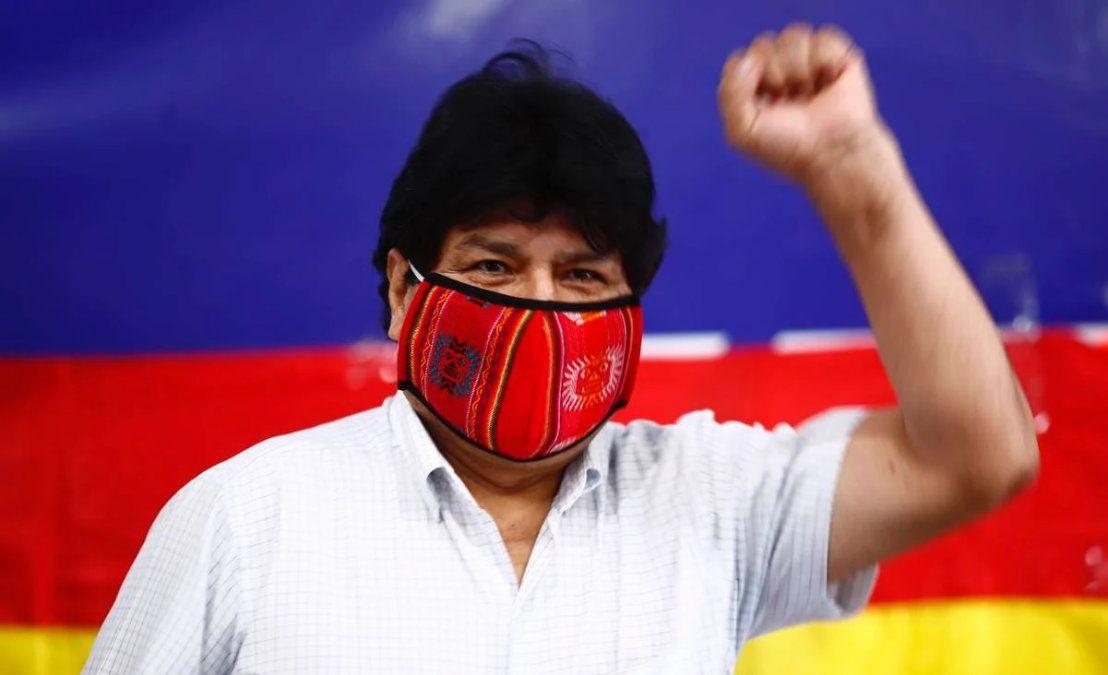 Evo Morales celebró el triunfo del MAS en Bolivia