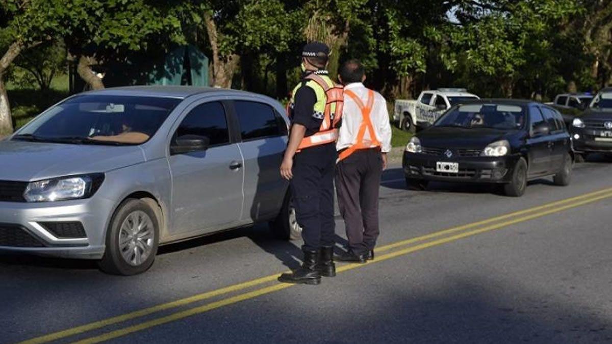 Controles de alcoholemia: retuvieron decenas de vehículos