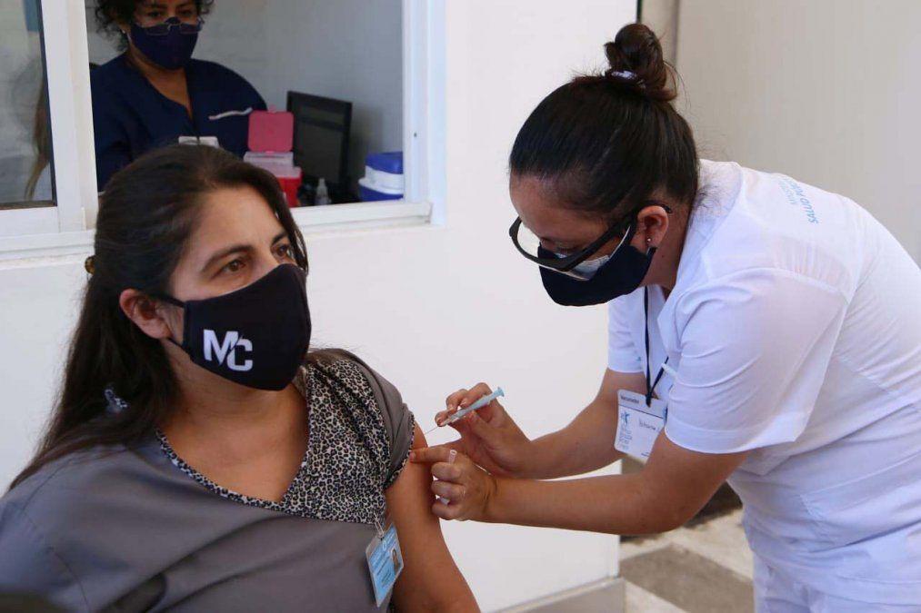 La semana pasada comenzó la vacunación en Tucumán. Foto MSPT