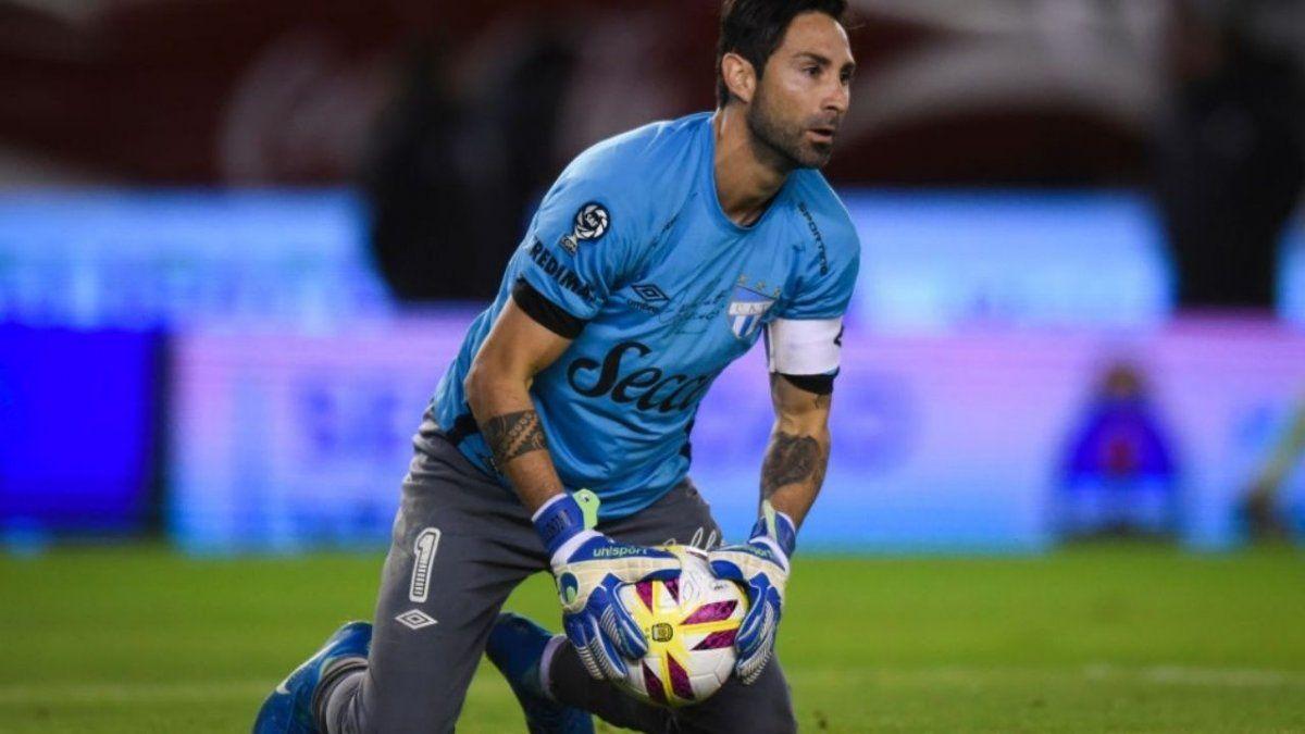 Cristian Lucchetti es el capitán y arquero de Atlético.