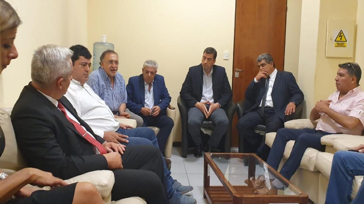 El Ejecutivo apunta a consensuar un acuerdo entre las partes