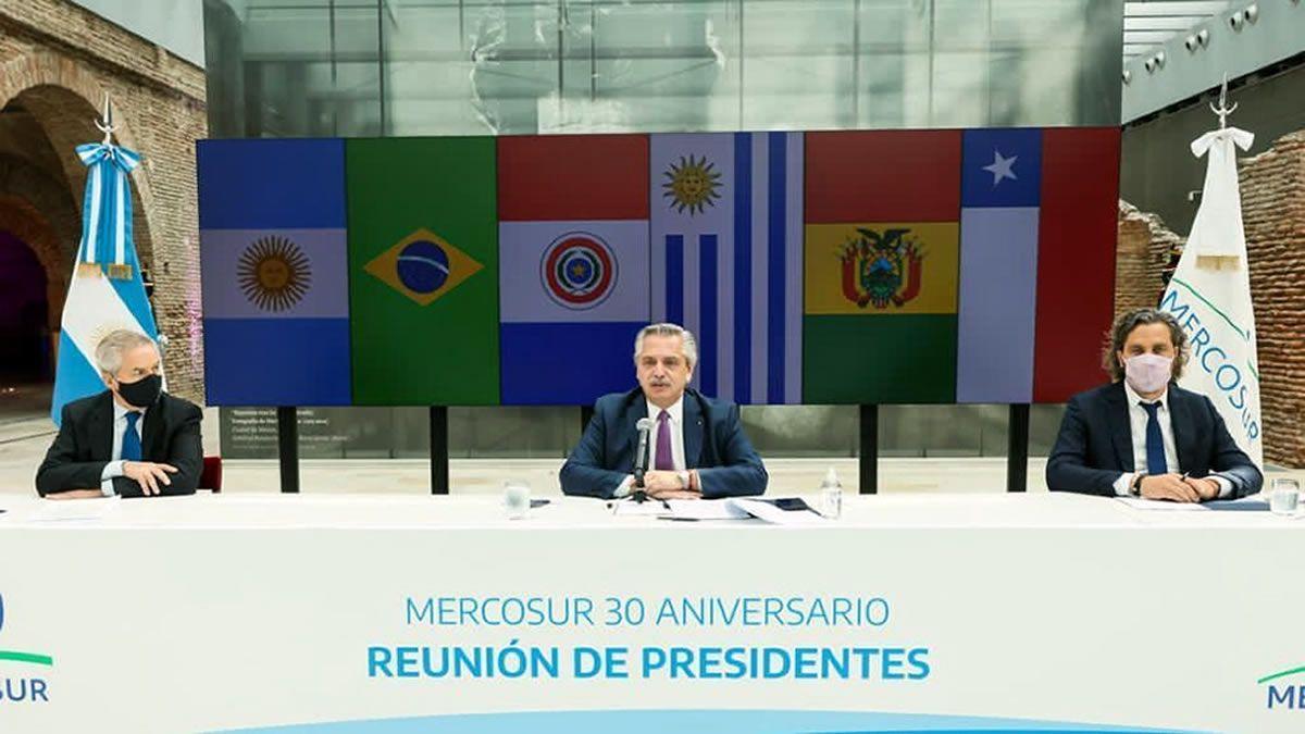 El Presidente encabezará cumbre del Mercosur en medio de tensiones
