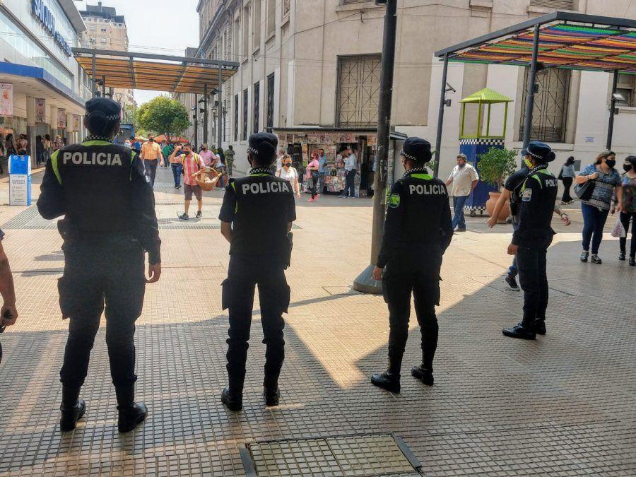 En octubre, la Policía atrapó a 82 mecheras y pungas en el microcentro