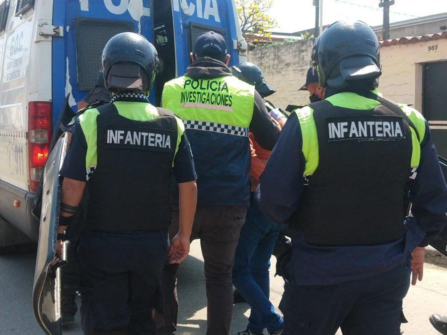 Crimen de Ana Dominé: La Policía sigue con la búsqueda de los otros sospechosos
