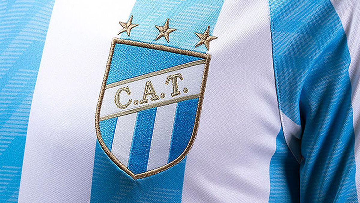 Atlético Tucumán presentó una nueva camiseta