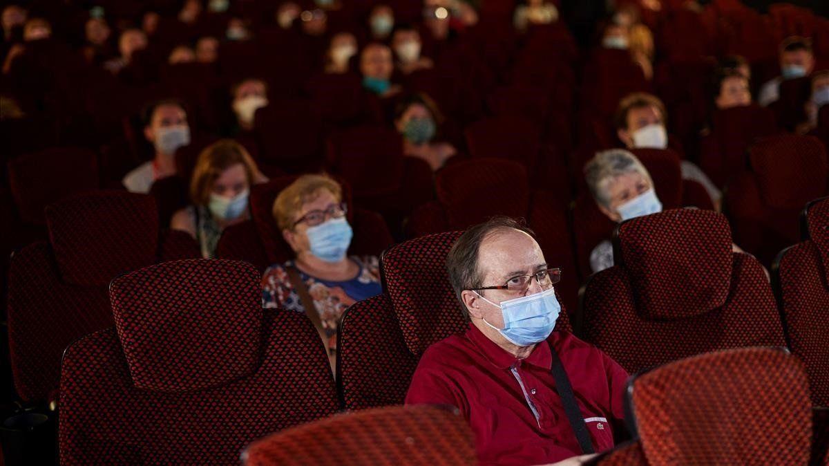 Desde el lunes habilitarán las salas de cine en Tucumán