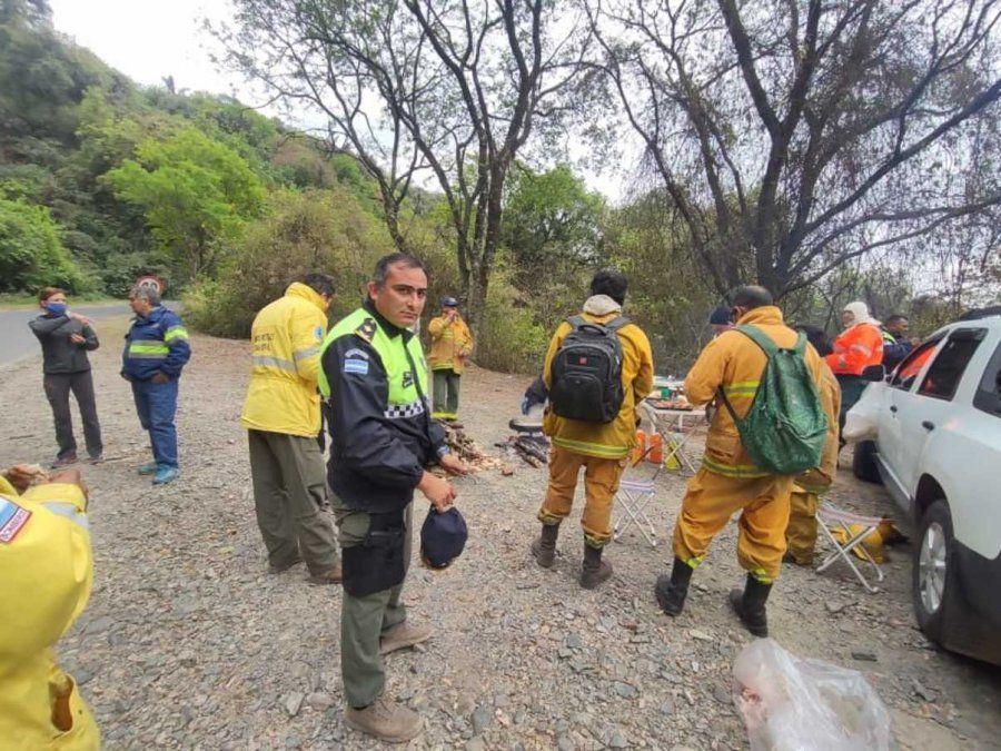 Lograron controlar el incendio en el cerro San Javier