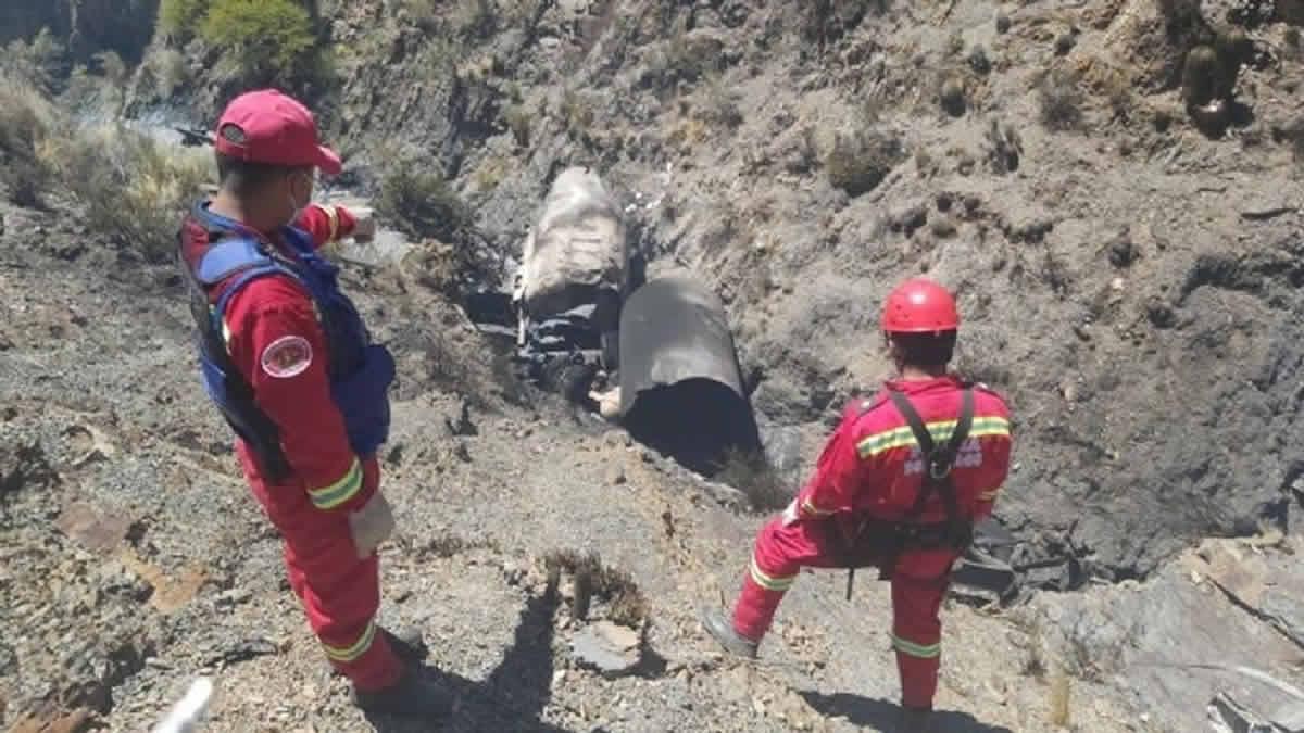 Fallecieron dos tucumanos tras la explosión de un camión cisterna