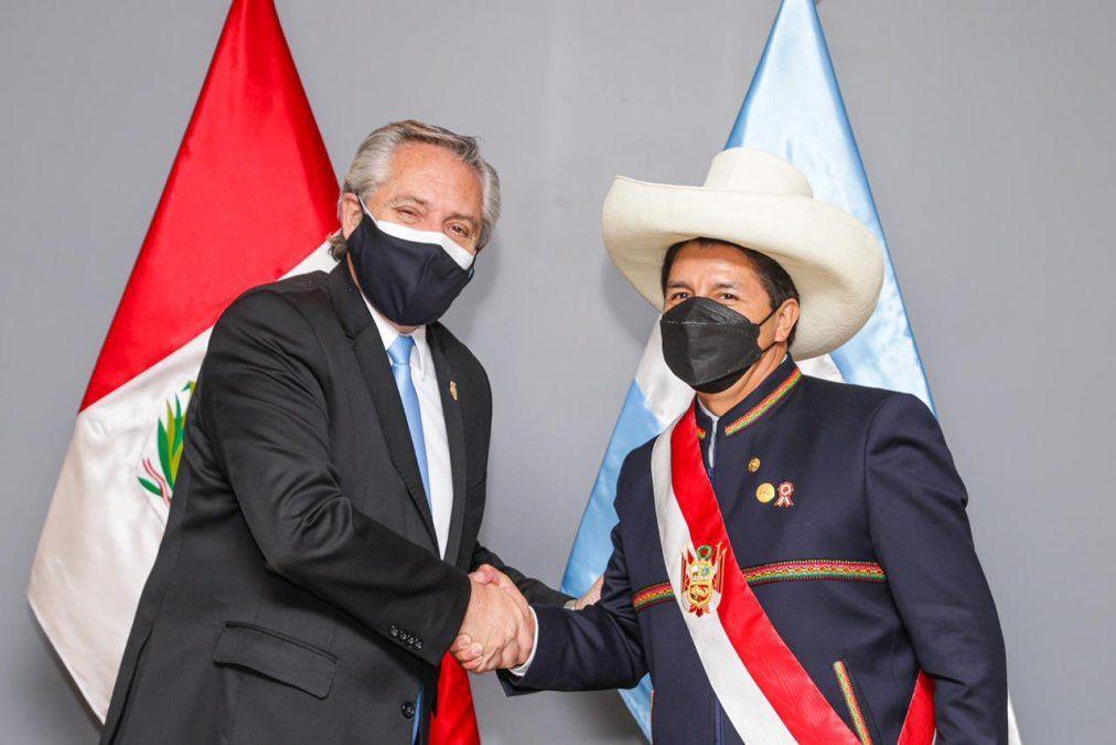 El Presidente se reunió con Pedro Castillo, su par peruano