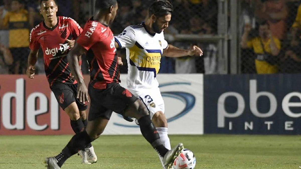 Boca superó 3 a 1 a Atlético Paranaense en San Juan