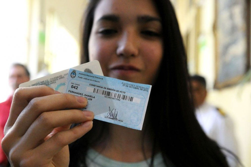 Más de 861 mil jóvenes votan por primera vez