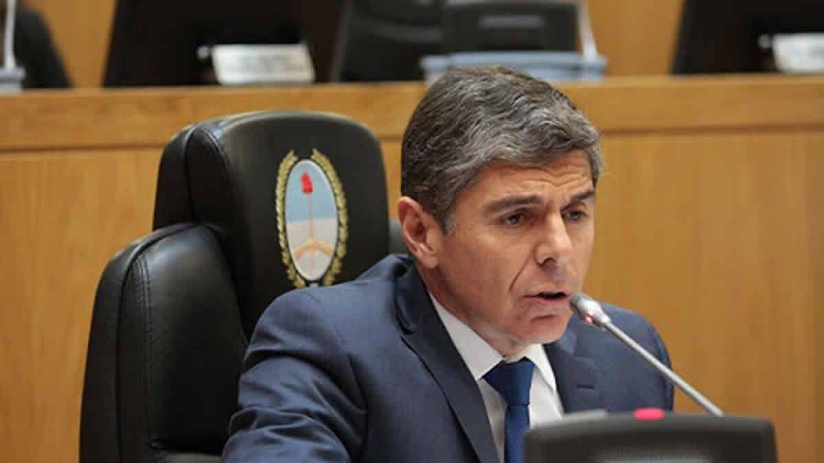 Silman respalda a Manzur: necesitamos un gobernador fuerte
