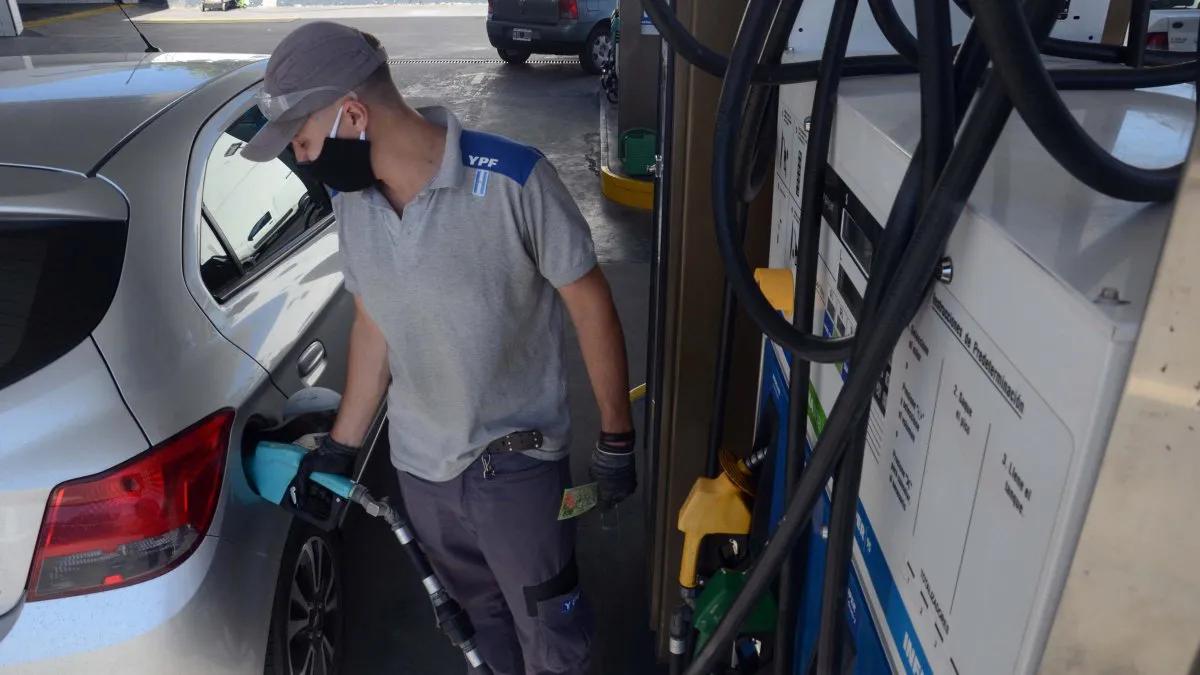 Otra vez subió la nafta: cuánto sale el litro de súper en Tucumán