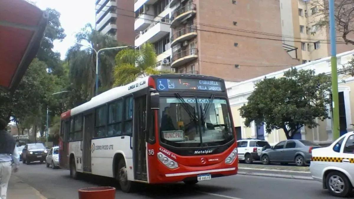 Se cumplen 16 días sin servicio de colectivos en Tucumán