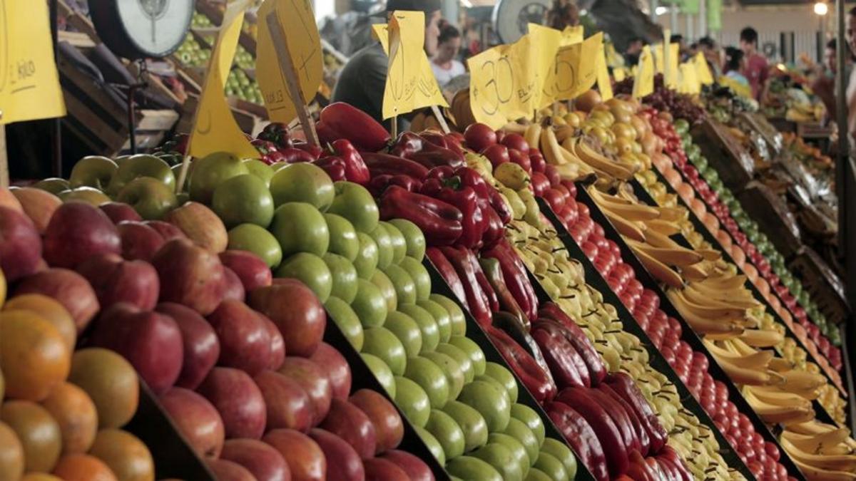 En los últimos 12 meses, las frutas y verduras aumentaron hasta 187%