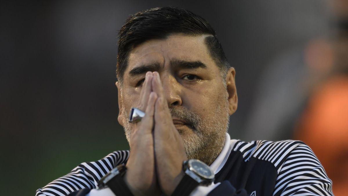 Maradona habría muerto de madrugada mientras dormía