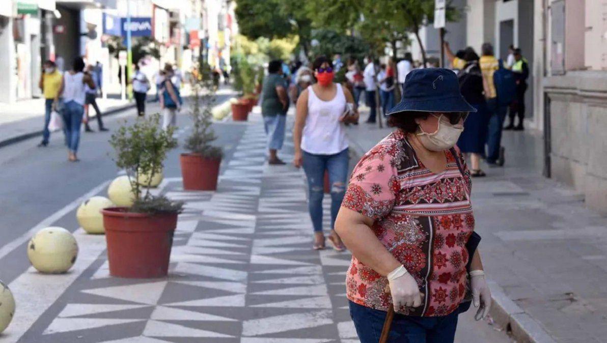Coronavirus: Tucumán sufrió este martes 910 casos y 10 muertes