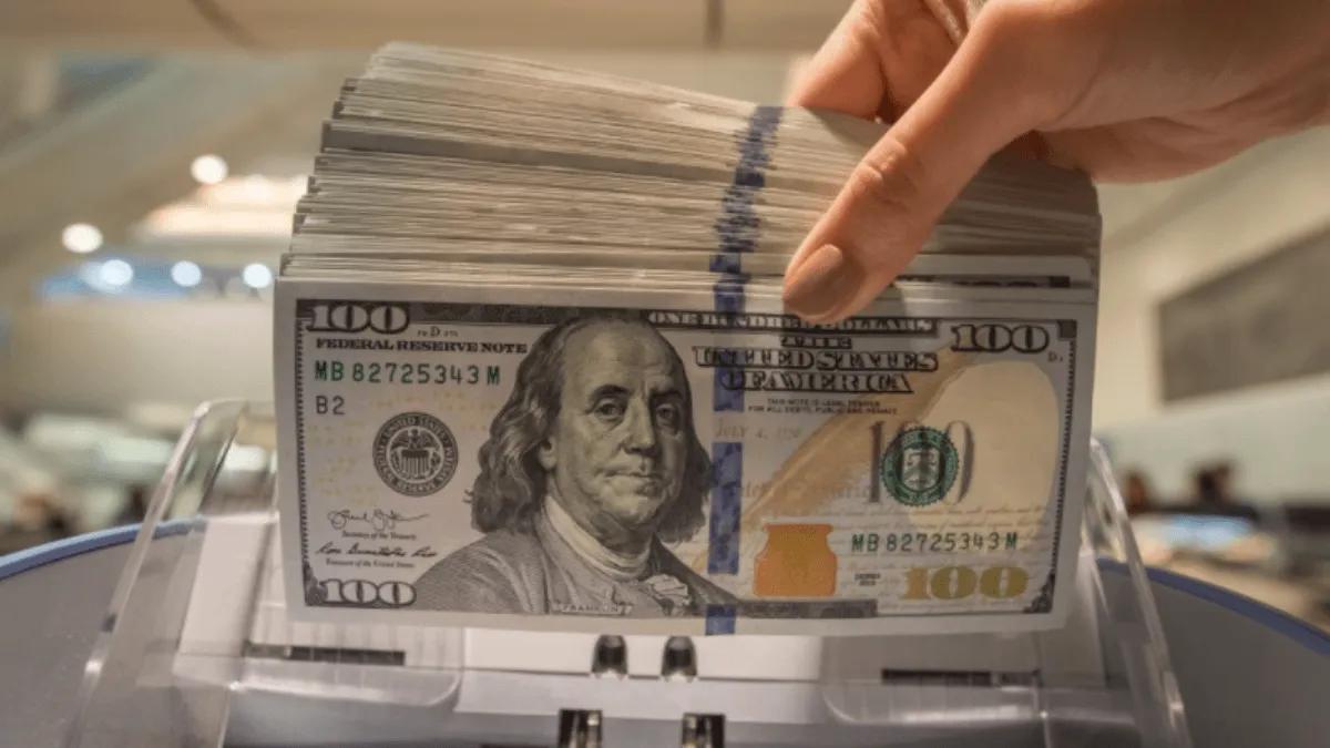 Trabajadores que cobran ATP no podrán comprar dólar ahorro