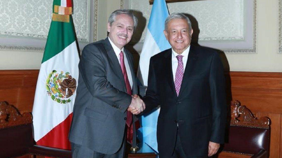 Alberto Fernández junto a Andrés López Obrador.