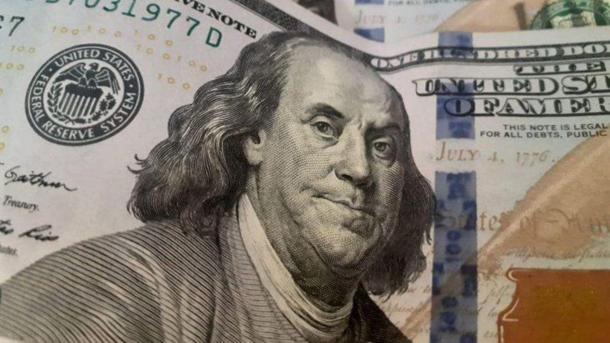 Dólar blue: alcanzó un nuevo máximo en 2021.