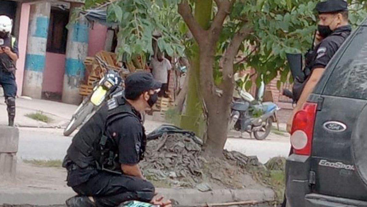 Detuvieron a dos personas en un operativo policial