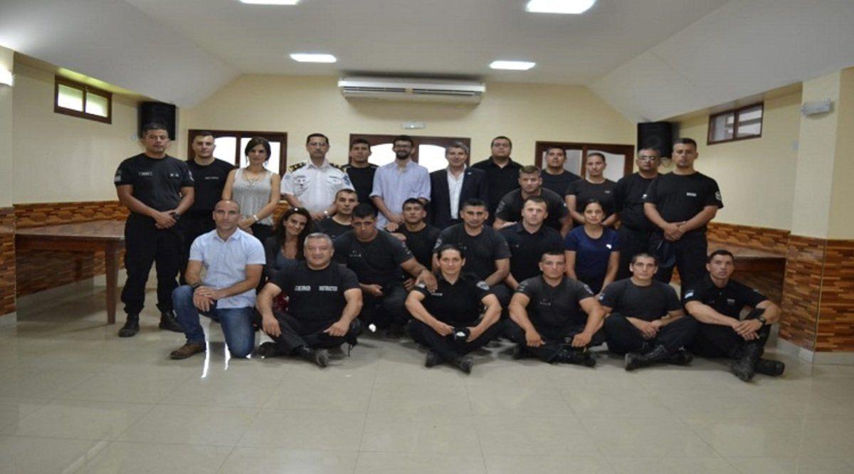 El personal policial se capacita con instructores israelíes