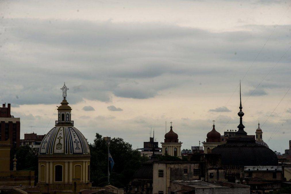 Nubosidad y leve ascenso de temperatura en Tucumán