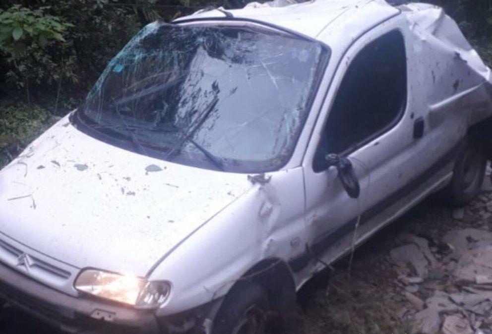 Trágico accidente: una camioneta desbarrancó en San Javier