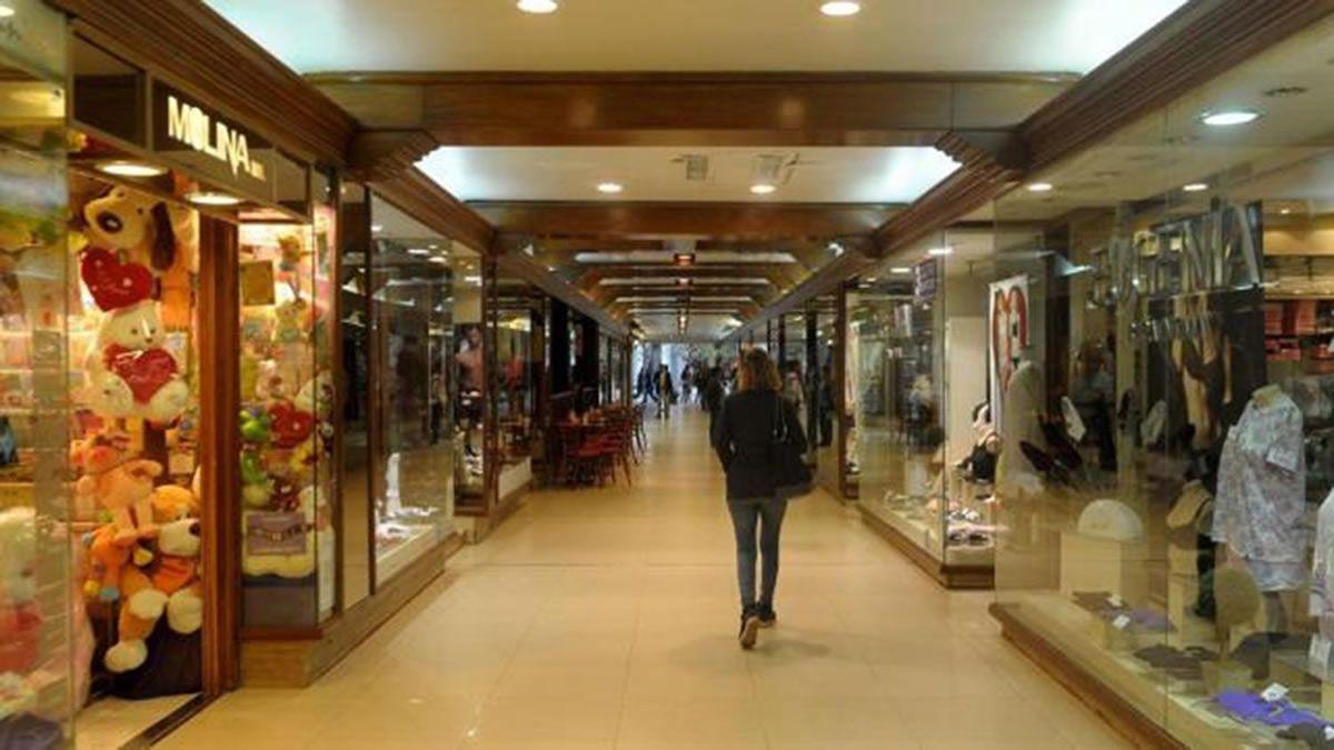 En la capital tucumana, el comercio abriría por la tarde