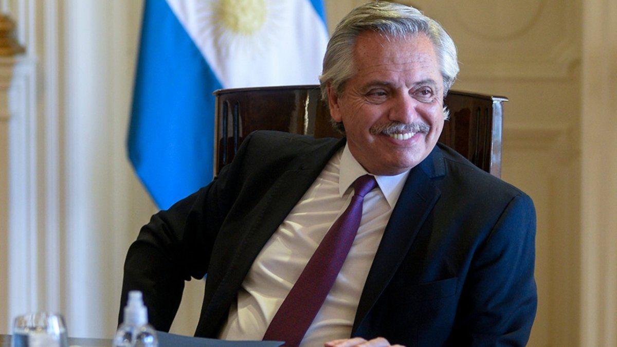 PJ: la lista de Alberto Fernández fue oficializada