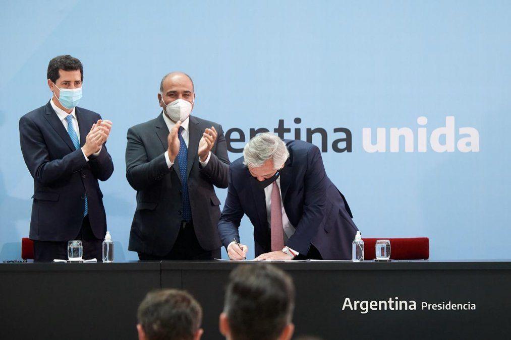 Juan Manzur: Este acuerdo transmite previsibilidad