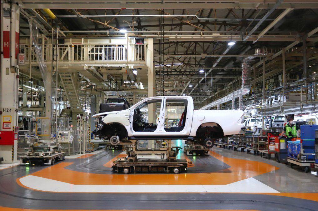 Producción de autos alcanzó el nivel más alto del año