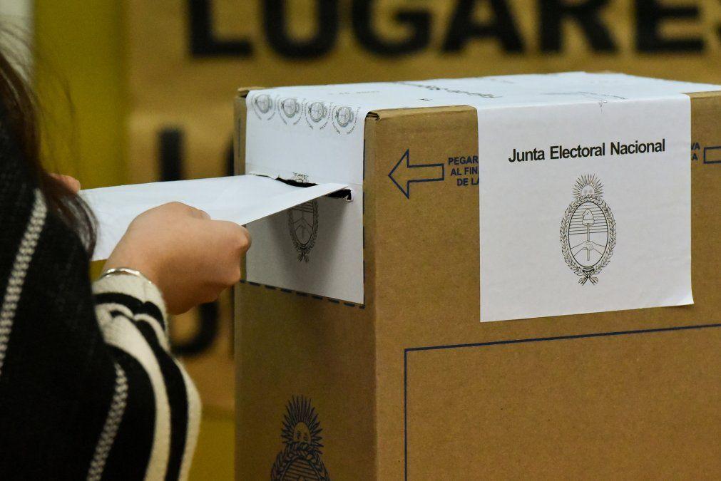 Según encuesta, más del 75% no está dispuesto a cambiar su voto