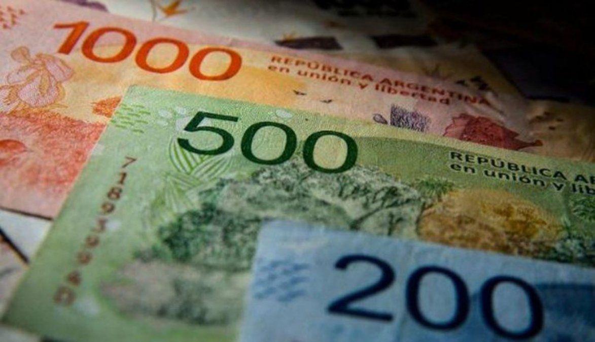 Efecto PASO: presentan proyecto para subir salarios por DNU