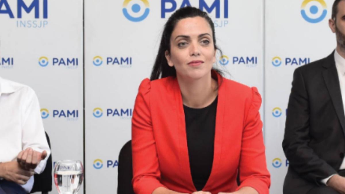 ATE acordó con Volnovich un 43% para trabajadores de PAMI