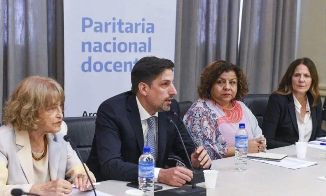 Se firmó la paritaria nacional docente
