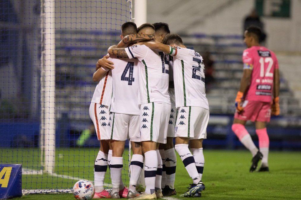 Vélez ganó y se afianza en la Copa de la Liga. Foto: iamnoticias.com.ar