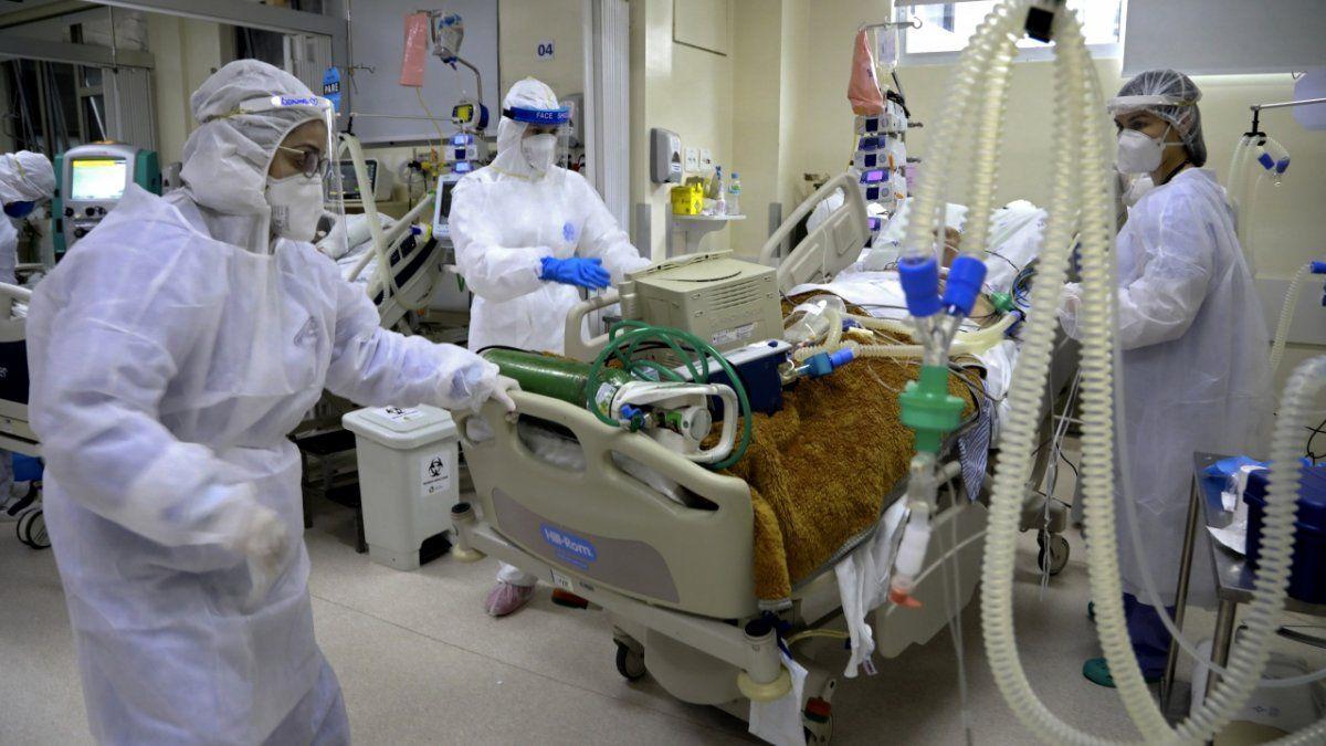 Argentina registró 267 muertes y 13.500 nuevos contagios.