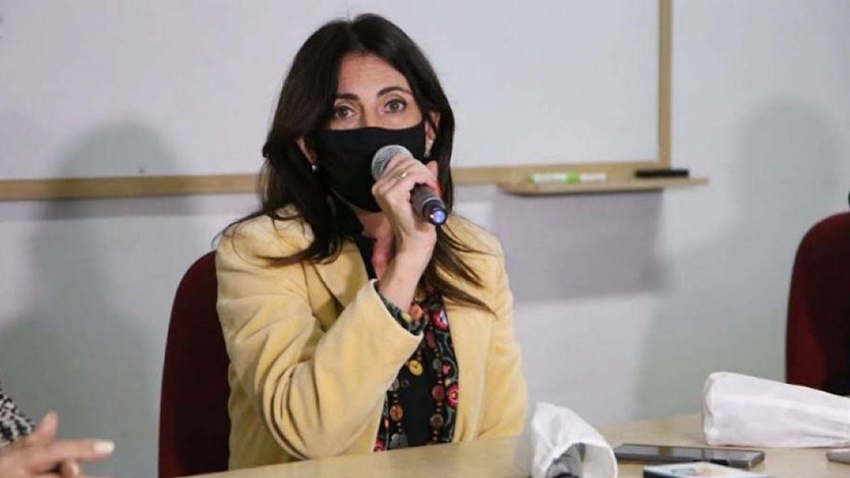 A través de la ministra Vargas Aignasse, el gobierno ratificó que mañana depositará fondos de Nación.