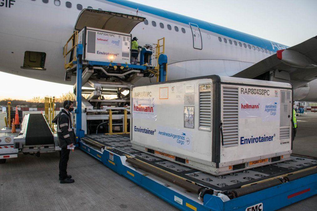 Un vuelo hacia China va en búsqueda de más vacunas Sinopharm. Foto: argentina.gob.ar