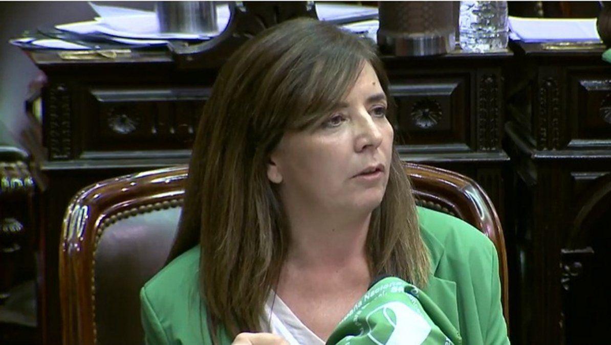 Gabriela Cerruti renunció como diputada nacional