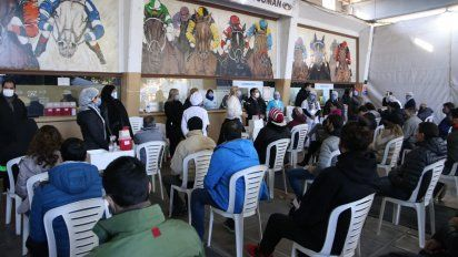 Covid-19: Tucumán, con otros 989 casos y siete muertes