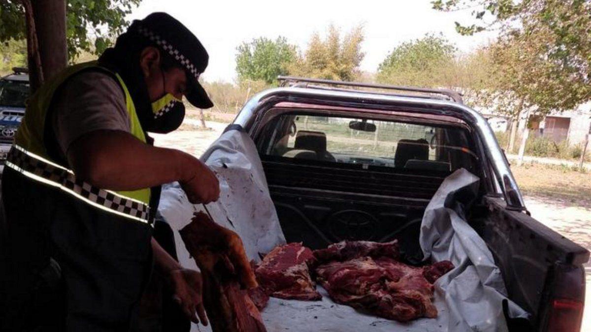 Venta ilegal de carne: la Policía decomisó unos 400 kilos