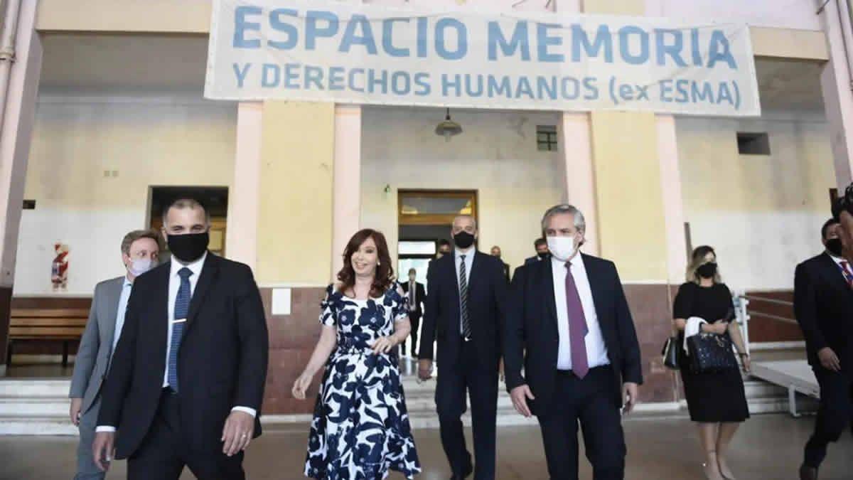 Alberto y Cristina encabezaron un acto en el Espacio para la Memoria