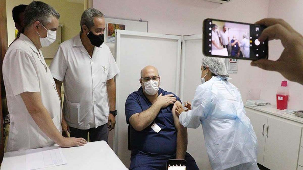 Vacuna contra el coronavirus: mañana llegan las nuevas dosis a Tucumán